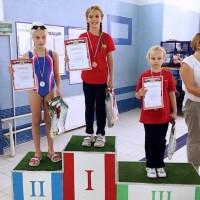 Григоренко Александра I место 25 м кроль и I место 25 м спина