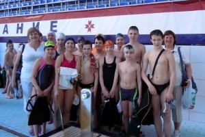 Наша команда в новом бассейне