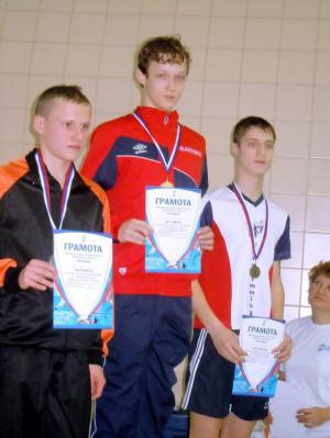 Макушев Евгений I место на 100м классические ласты