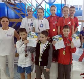 Команда СДЮСШОР Дельфин - 1 место эстафета 4х50м, вольный стиль, 2006 г.р