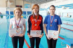 Победители на дистанции 6000м (слева Новикова Екатерина)