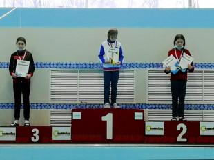Третье место на дистанции 50м брасс - Матросова Алиса